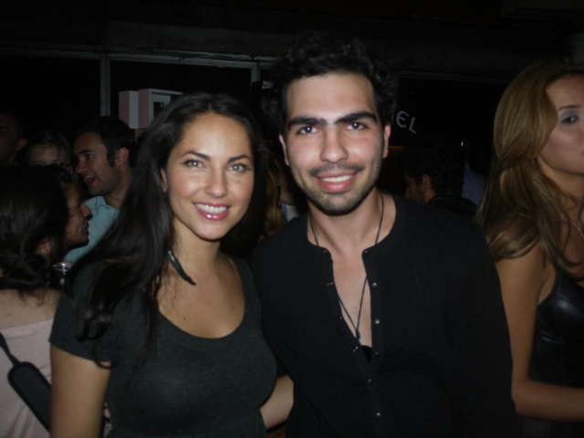 Barbara Mori y fan Giovanni Putzu