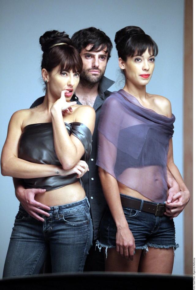 Bárbara Mori, Claudio Lafarga y Stephanie Sigman en shotting para Alicia en el país de María
