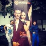 Fans con el banner de Luna La Serie